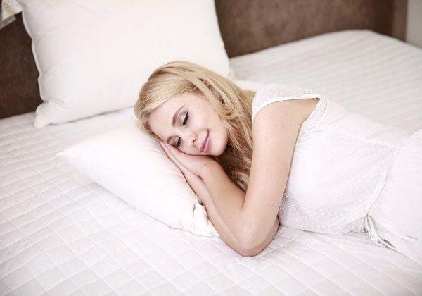 חווית שינה איכותית במיוחד: מהו טופר למזרן, ומי צריך אותו?